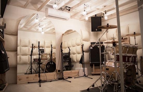 充実機材の練習スタジオ丨リハーサルスタジオの画像
