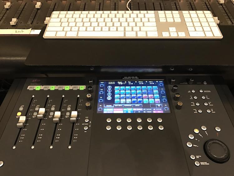 レコーディングスタジオBstに新機材導入しました。の画像