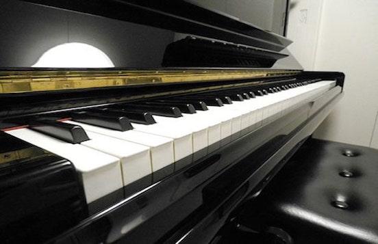 ピアノスタジオの画像
